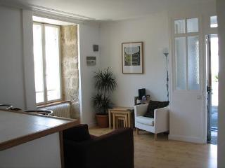 Bright 1 bedroom Vacation Rental in Aubusson - Aubusson vacation rentals