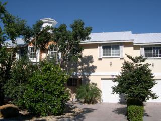 4 Bedroom 3.5 Bath Villa - Rock Harbor - WiFi - Key Largo vacation rentals