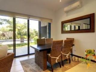Dinning Table - Great Light and Views - Very Affordable Relax/Luxury Beach Condo @ El Coco - Playas del Coco - rentals