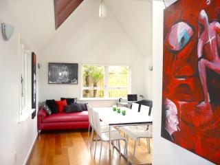 Grasshopper, Beauty and the Beach, Onetangi - Waiheke Island vacation rentals