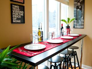 5 Star Quality, Best Downtown Location, Live Local! - Toronto vacation rentals