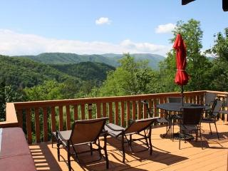 Moonshine Cabin - Pigeon Forge vacation rentals