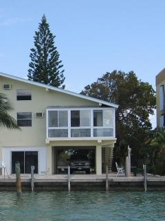 Gorgeous Waterfront Home on Boot Key Harbor - Marathon vacation rentals