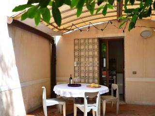 CASA SCARPA  a Venice house with garden - Venice vacation rentals