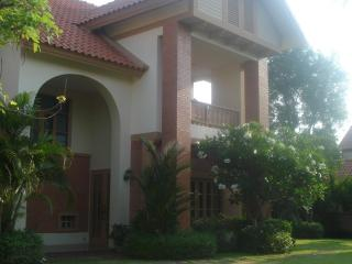 Luxury 6 bedroom Villa with Private Swimming Pool - Chiang Mai vacation rentals