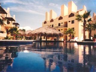 1 bdr condo - Baja, Los Cabos: golf , beach + car! - San Jose Del Cabo vacation rentals