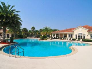 Executive Villa in Oakwater Resort - 2 miles from Disney! - Kissimmee vacation rentals