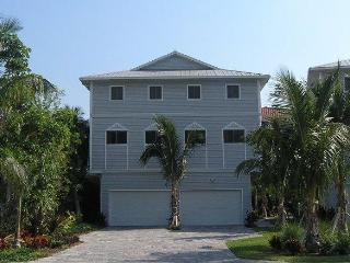 Upcale Townhouse -Pool- Crescent Beach -Siesta Key - Siesta Key vacation rentals