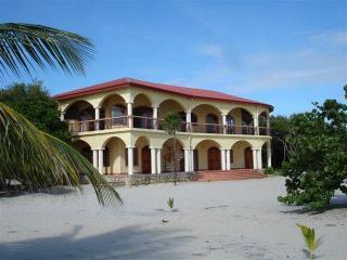 Villa Ranguana the Ultimate in Beachfront Luxury