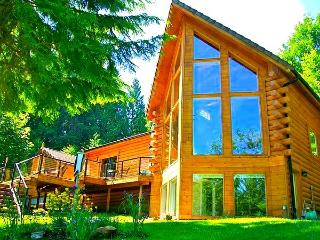 5-Star Luxurious Riverfront Log Home, Amazing View - Seattle vacation rentals