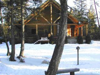 Beautiful Affordable BIG Custom Built Log Home - West Glacier vacation rentals