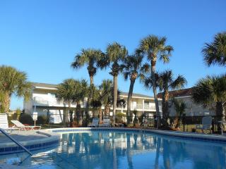 2br/2.5baTownhome steps to beach w/Pool, Wifi,Shop -Mid.Aug/Sep/Oct $50 Off Week - Destin vacation rentals