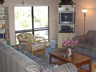 Secluded Sanibel condo with beach, pool - Sanibel Island vacation rentals