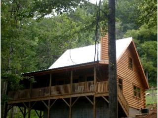 Fox Bark at Randall Glen Resort - Leicester vacation rentals