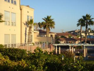 Cozy Oceanfront Condo - Imperial Beach vacation rentals