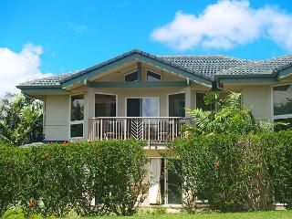 Villas of Kamalii 10: Luxury interior, mountain views, golf and beach nearby - Princeville vacation rentals