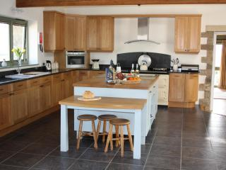 Nice House with Internet Access and Dishwasher - Arrathorne vacation rentals
