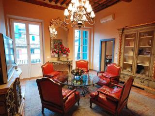 5 Bedroom/4 Bath Vacation Rental in Lucca, Tuscany - Lucca vacation rentals