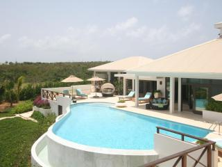 Seabird Villa - Minutes From Rendezvous Bay Beach - North Hill vacation rentals