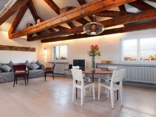 Bright 1 bedroom Condo in Venice - Venice vacation rentals