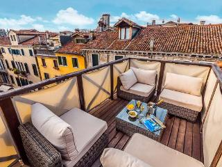 Gorgeous 3 bedroom Apartment in Venice - Venice vacation rentals