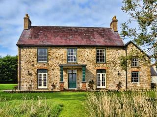 Georgian farmhouse in the heart of Pembrokeshire - Pembrokeshire vacation rentals