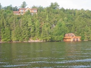 Luxury Cottage/ Boathouse Skeleton Lake Muskoka - Muskoka vacation rentals