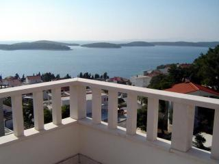 Apartments Popović - Hvar vacation rentals