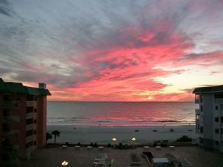 Beach Cottage Condominium 2503 - Indian Shores vacation rentals