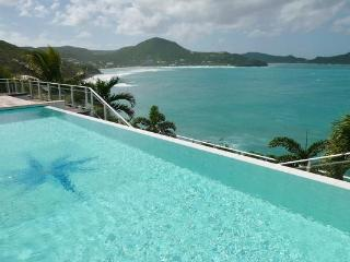 Very private and spectacular villa nestled into the Cliffside WV BEN - Pointe Milou vacation rentals