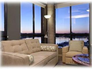Oceanfront, Downtown Luxury Corner Suite - Victoria vacation rentals