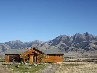 Nice House in Emigrant with Deck, sleeps 8 - Emigrant vacation rentals