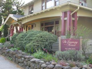 Wonderful House with Internet Access and Dishwasher - Ashland vacation rentals