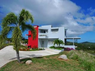 Banana Wind - New luxury villa on Vieques - Puerto Rico vacation rentals