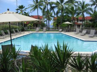 Oceanfront Complex/Keauhou-Kona Surf &Racquet Club - Kailua-Kona vacation rentals