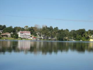 Winter Haven, FL- Lakefront, Waterski Home - Winter Haven vacation rentals