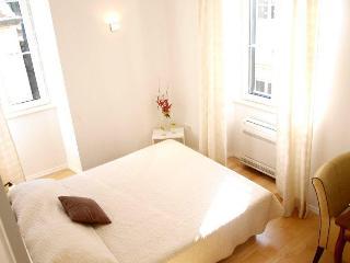 Secret IV| Sunny Modern 2-BR in Heart of Old Town - Dubrovnik vacation rentals