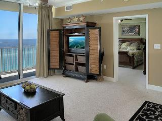 Beachfront with Lots of Room for 6, Open Week of 4/11 - Panama City Beach vacation rentals