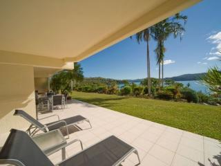 Beautiful 2 bedroom Condo in Hamilton Island with A/C - Hamilton Island vacation rentals