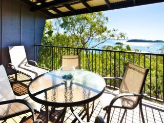 Nice 2 bedroom Condo in Hamilton Island - Hamilton Island vacation rentals