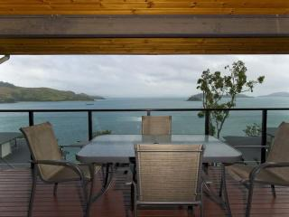 Nice Condo with A/C and Balcony - Hamilton Island vacation rentals
