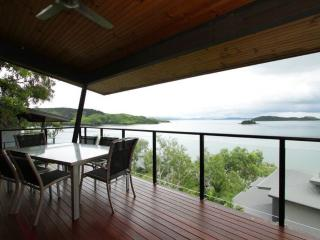 Shorelines 33 - Hamilton Island vacation rentals