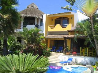 Lovely La Cruz de Huanacaxtle vacation House with Deck - La Cruz de Huanacaxtle vacation rentals
