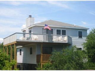 Lazy Bear Inn, View from community street - Lazy Bear Inn-4 BR Corolla Beach - Corolla - rentals