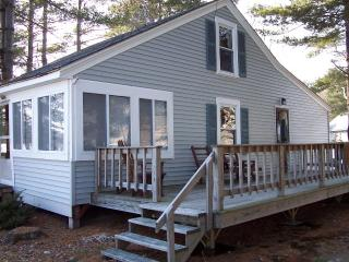 Belgrade Lakes Salmon Lakefront Cottage - Oakland vacation rentals