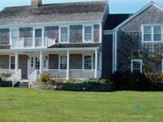 4 Bedroom 4 Bathroom Vacation Rental in Nantucket that sleeps 8 -(9880) - Image 1 - Nantucket - rentals