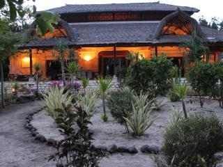4 bedroom House with Internet Access in Gili Trawangan - Gili Trawangan vacation rentals