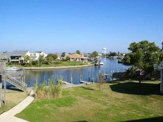 Marina Breeze ~ Lovely Waterfront Condo, Boat Slip - Louisiana vacation rentals