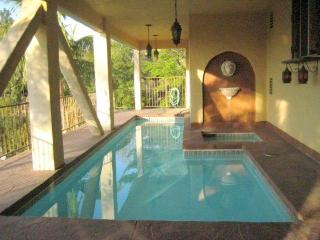 Hollywood Hills Beautiful 4 bedrooms 3 1/2 Bathroom House with Pool & View (3516) - Los Angeles vacation rentals
