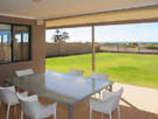 Perfect House with Dishwasher and Garden - Busselton vacation rentals